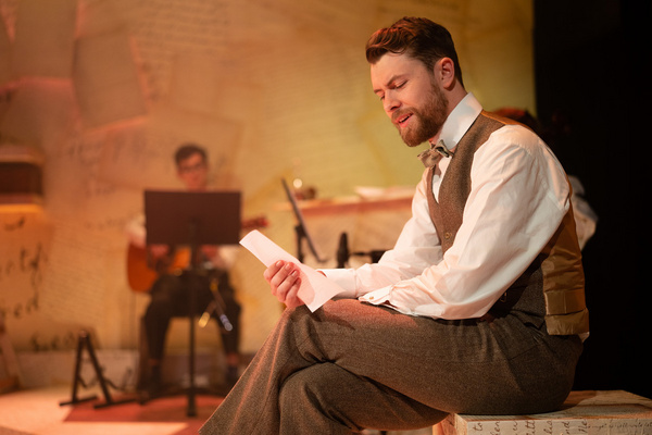 Photo Flash: First Look At DADDY LONG LEGS At The Barn Theatre