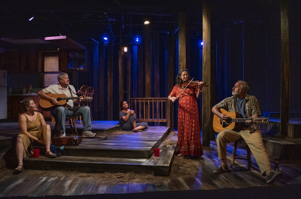 Photo Flash: Raven Theatre Presents The Chicago Premiere of SUNDOWN, YELLOW MOON