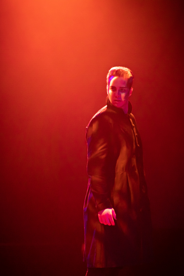 Photo Flash: First Look At JEKYLL & HYDE At Prima Theatre