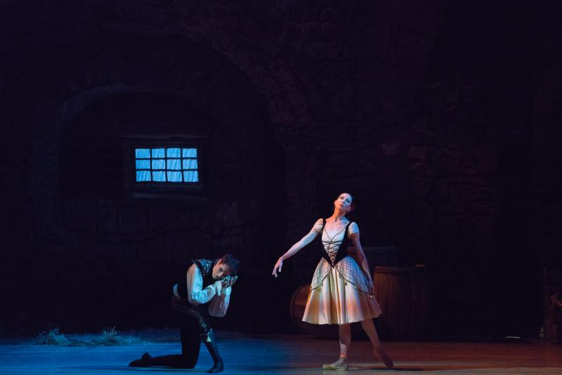 BWW Review: PAQUITA Should Begin at its End
