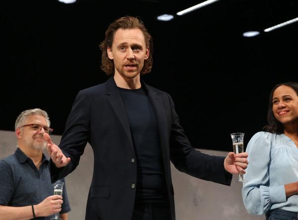 Photo Flash: Tom Hiddleston & Company Celebrate Harold Pinter's Birthday at BETRAYAL