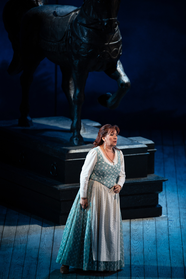 Photo Flash: Lyric Opera of Chicago Presents LUISA MILLER