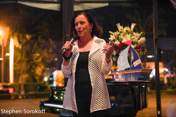 BWW Review/Photos: Nashville's Kellye Cash Headlines Cabaret Show at The Wick Theatre