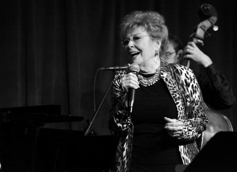 BWW Review: Anita Gillette Stands Tall in CHAPTER 3! at Birdland