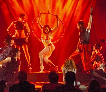 BWW Review: SENSATIA at Quixotic Theater