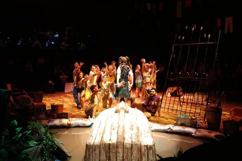 BWW Review: ERASE UNA ISLA en el Conjunto Santander