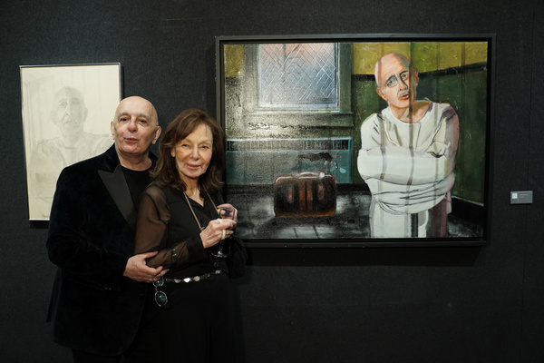 Photo Flash: Stars Align For Oscar Winner Joseph Feury's New Exhibit At The National Arts Club