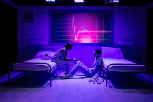 Photo Flash: First Look at Strawdog Theatre's THE EFFECT