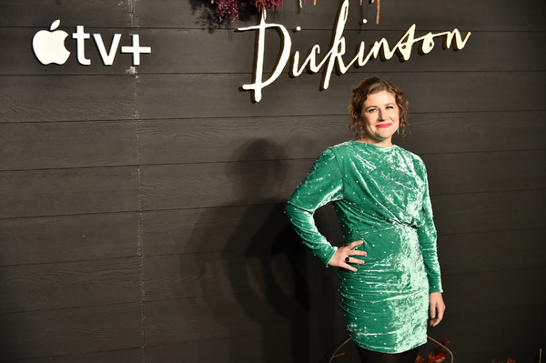 Photos:  See Jane Krakowski, Hailee Steinfeld at the Premiere of Apple TV's DICKINSON