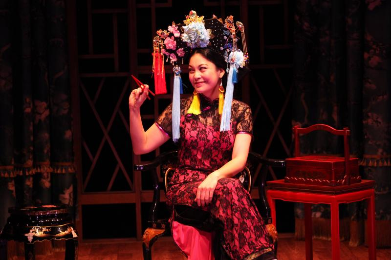 BWW Review: THE CHINESE LADY at Magic Theatre Brings to Light a Fascinating Piece of Cultural History