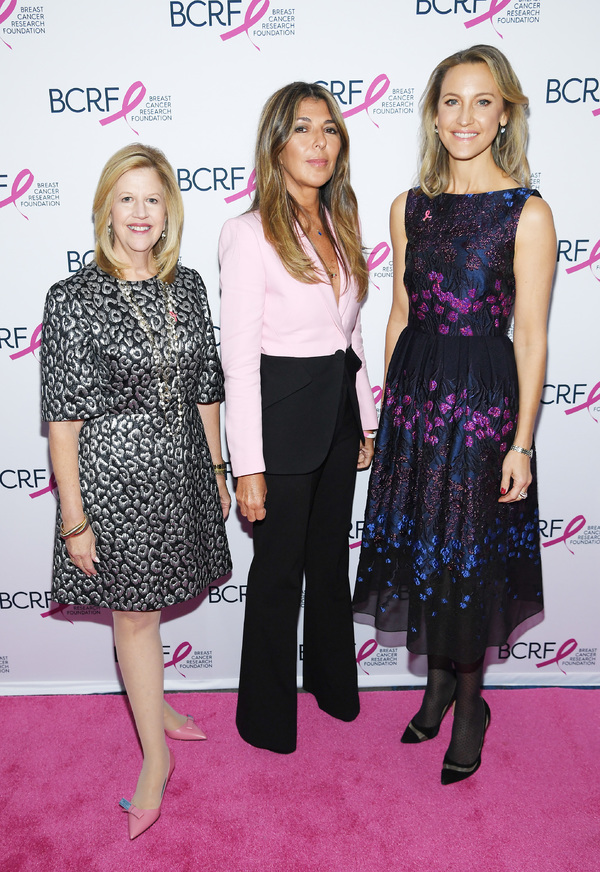 Photos: Breast Cancer Research Foundation2019 SymposiumHonors Vera Wang,Raises Over $2.6 Million For Research