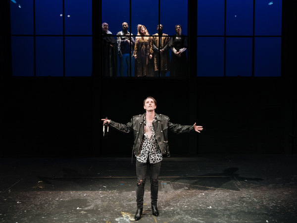 Photo Flash: First Look at BOTTICELLI IN THE FIRE at Hampstead Theatre