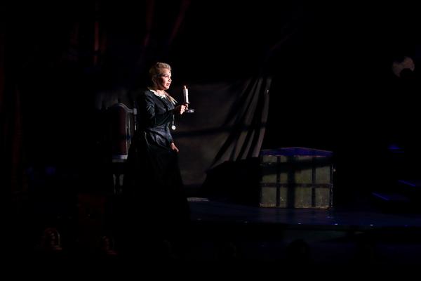 Stacie Bono Photo