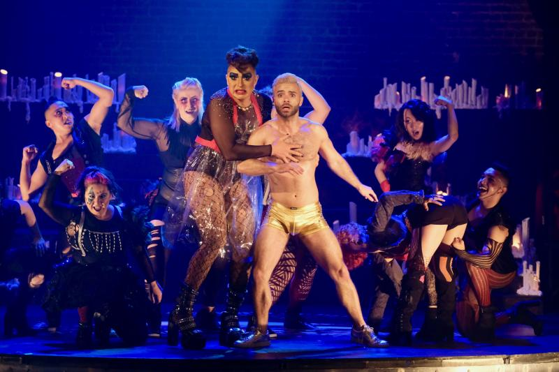 BWW Review: THE ROCKY HORROR SHOW at Ray Of Light Theatre Totally Rocks the House