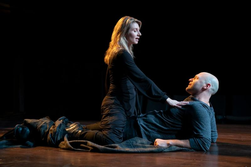 BWW Review: Something Edited This Way Comes as John Doyle Directs Corey Stoll, Nadia Bowers in MACBETH