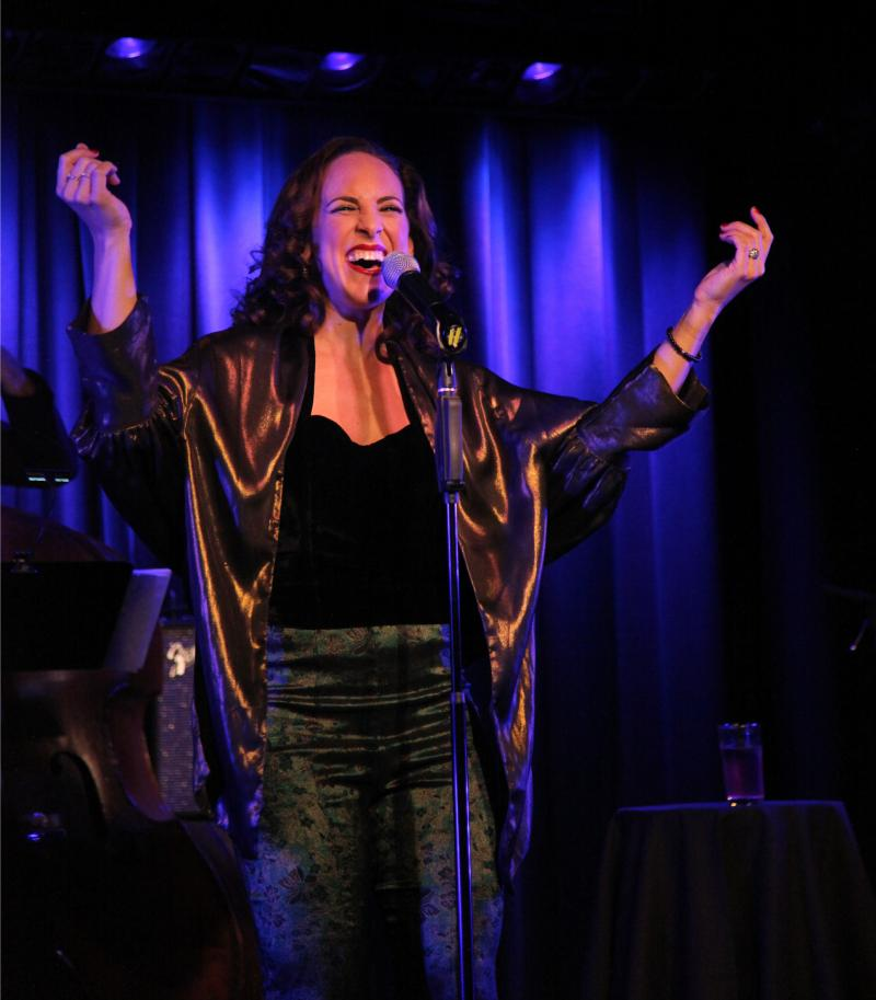 BWW Review: Dawn Derow Decorates THE HOUSE THAT BUILT ME with Love at The Laurie Beechman Theatre