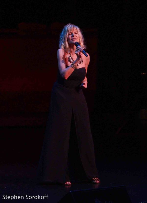 BWW Review: The 2019 New York Cabaret Convention Starts Impressively