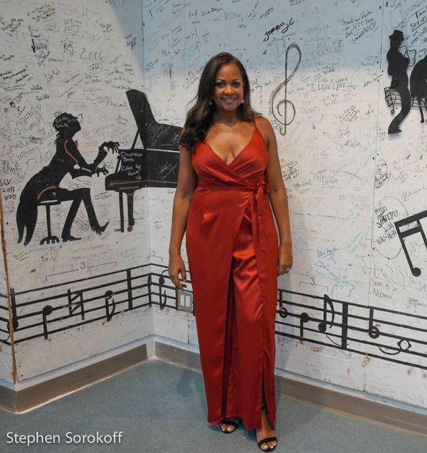 La Tanya Hall Photo