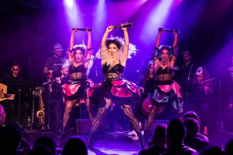 BWW Review: I PUT A SPELL ON YOU: THE RETURN OF THE SANDERSON SISTERS is a Fabulous Hex at Le Poisson Rouge