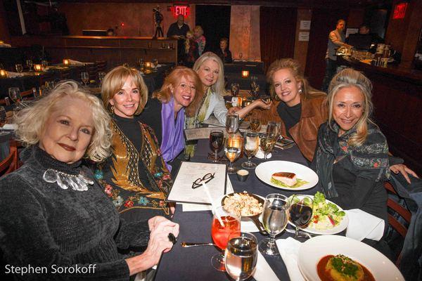 Penny Fuller, Linda Purl, Deborah Grace Winer, Linda Martin Giannini, Stacy Sullivan, Eda Sorokoff