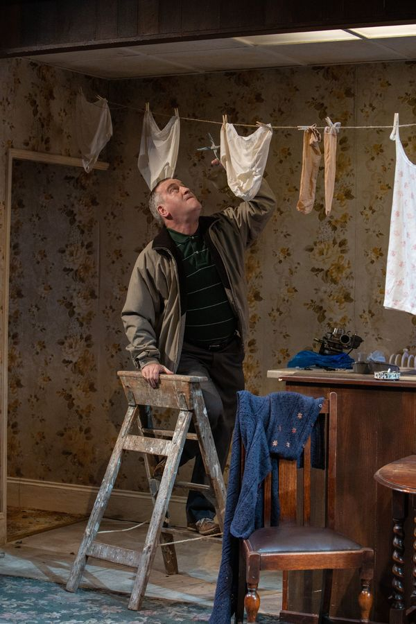 Photos: First Look at SYDNEY AND THE OLD GIRL at Park Theatre