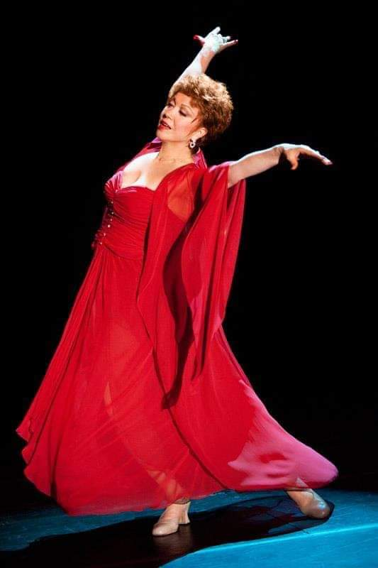 BWW Interview: National Theater Hall of Fame Inductee Donna McKechnie Reminisces on Her Broadway Career