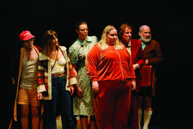 BWW REVIEW: COSI Is A Heartwarming And Hilarious Tribute To Theatre While Being A Timely Reminder That Love Should Be More Important Than Prejudice And Fear