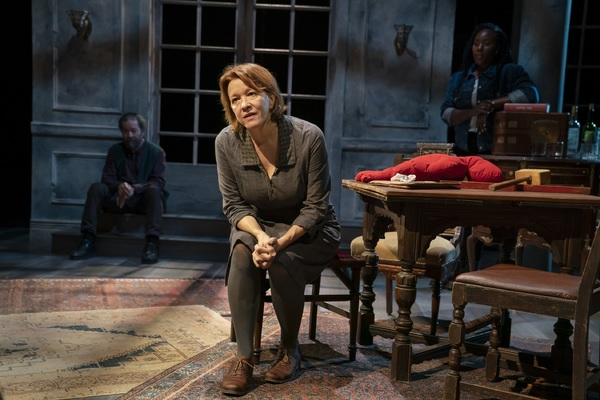 Photo Flash: Get a First Look at A BRIGHT ROOM CALLED DAY at The Public