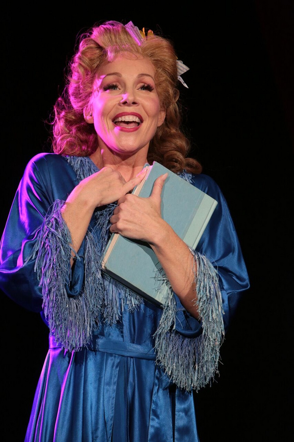 Photos: First Look at GUYS AND DOLLS at Axelrod