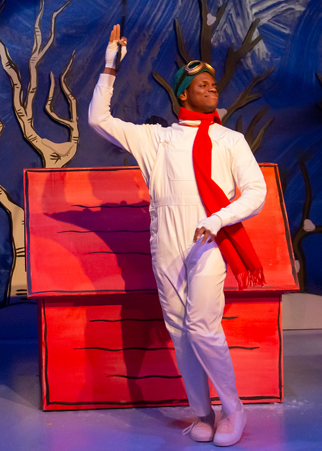 BWW Review: A CHARLIE BROWN CHRISTMAS Opens at the Coterie Theatre