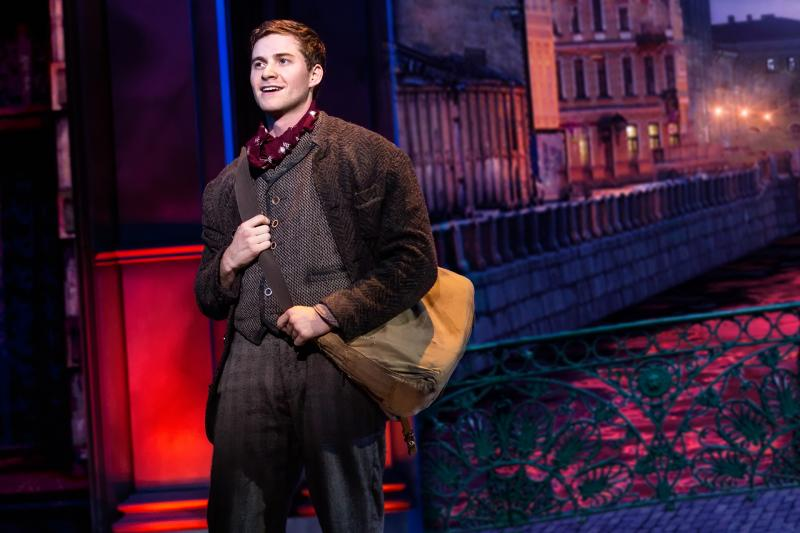 BWW Review: Gorgeous but Flawed Stage Adaptation of ANASTASIA Substitutes Whimsy for Stilted Drama