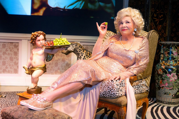 Photo Flash: First Look At Renée Taylor's MY LIFE ON A DIET At George Street Playhouse