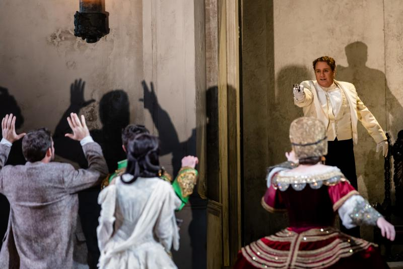 Photos: First Look At DON GIOVANNI At Lyric Opera of Chicago