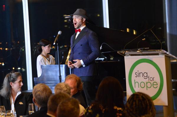 Photo Flash: Jon Batiste, Muhammad Yunus, Ann Ziff, & More Attend 2019 Sing For Hope Gala