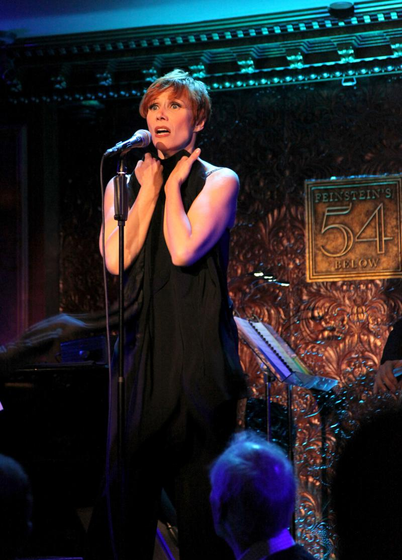 BWW Review: Isabelle Georges Came, She Saw, She Conquered 54 Below with OH LA LA