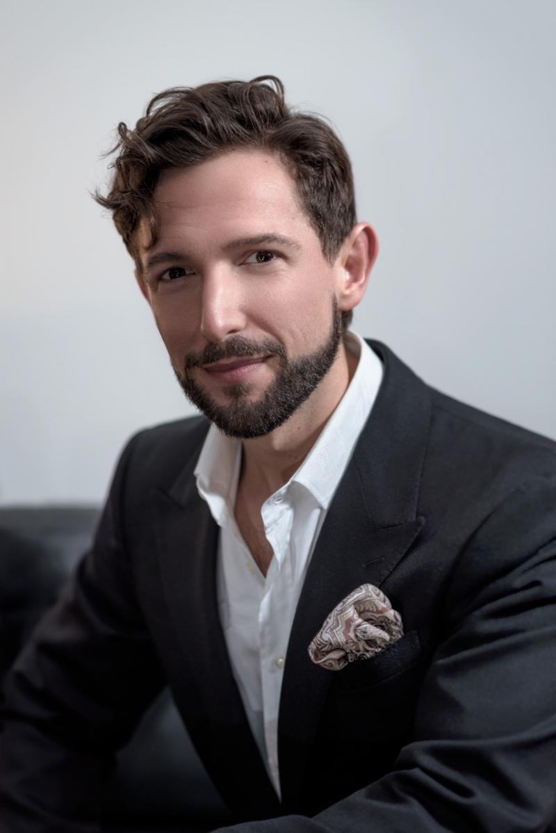 BWW Interview: Opera Star, AARON BLAKE brings Crossover Stylings to Feinstein's/54 Below