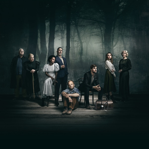 Photo Flash: First Look at the Cast of UNCLE VANYA at the Harold Pinter Theatre