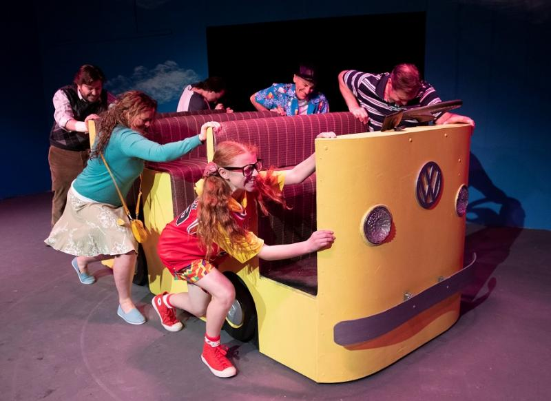 BWW REVIEW: Big Screen Hits Don't Always Translate To The Stage As Shown in LITTLE MISS SUNSHINE
