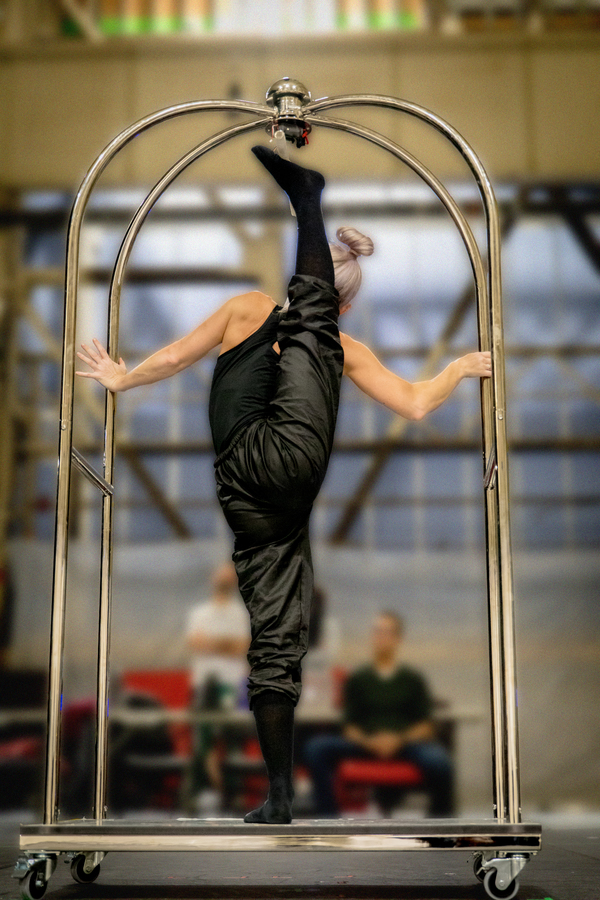 Photo Flash: Cirque du Soleil Preps For 'TWAS THE NIGHT BEFORE At Hulu Theatre