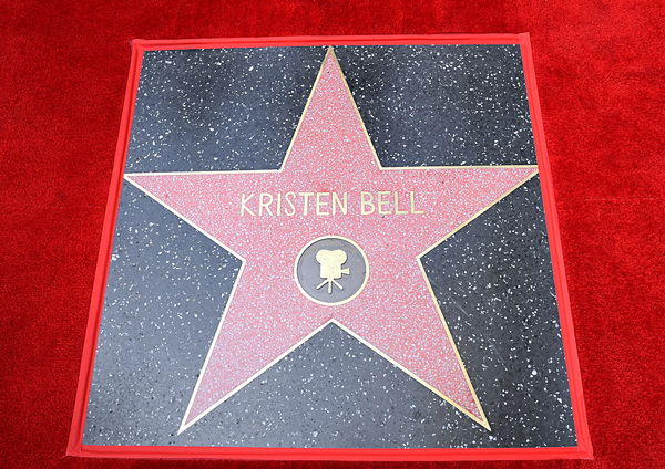 Photo Flash: See Photos from Idina Menzel and Kristen Bell's Hollywood Walk of Fame Ceremony