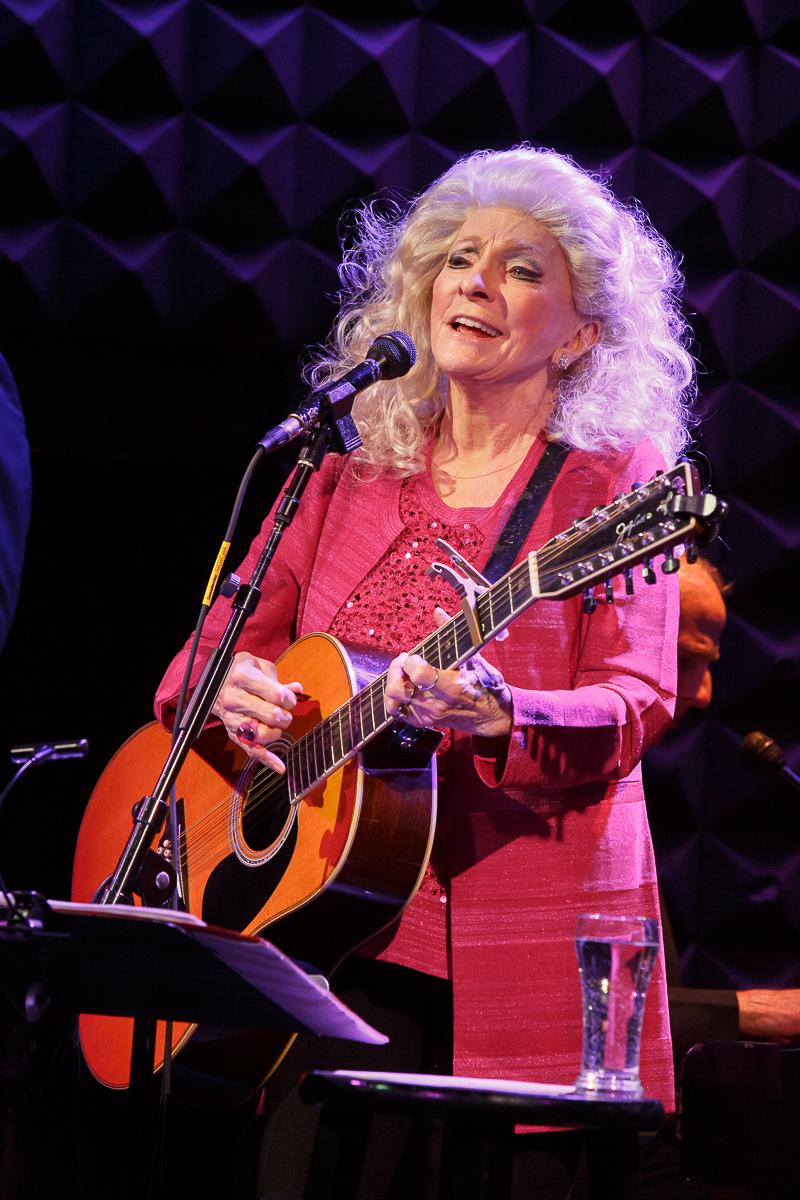 BWW Review: JUDY COLLINS Sings Ravishing WINTER STORIES  at Joe's Pub