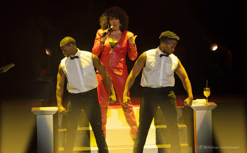 BWW Review: Belinda Davids is Whitney in THE GREATEST LOVE OF ALL: A TRIBUTE TO WHITNEY HUSTON