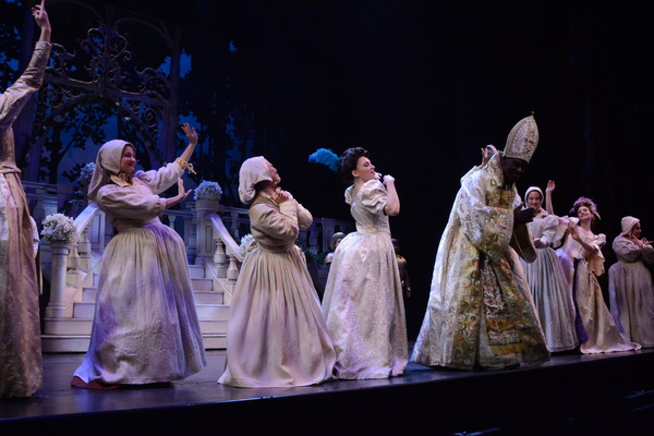 Michael Wayne Wordly and The Cast of Rodgers & Hammerstein's Cinderella Photo