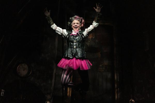 Photo Flash: A CHRISTMAS CAROL Returns To The Goodman Theatre