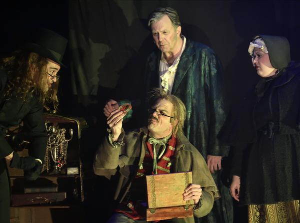Photo Flash: Actors Theatre of Louisville Presents A CHRISTMAS CAROL