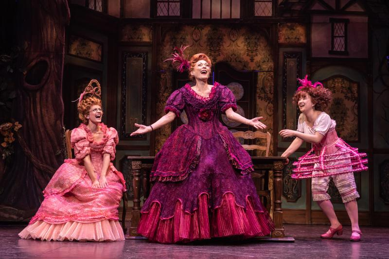 BWW Review: RODGERS + HAMMERSTEIN'S CINDERELLA at Paper Mill Playhouse-An Elegant Treasure to Behold and Enjoy