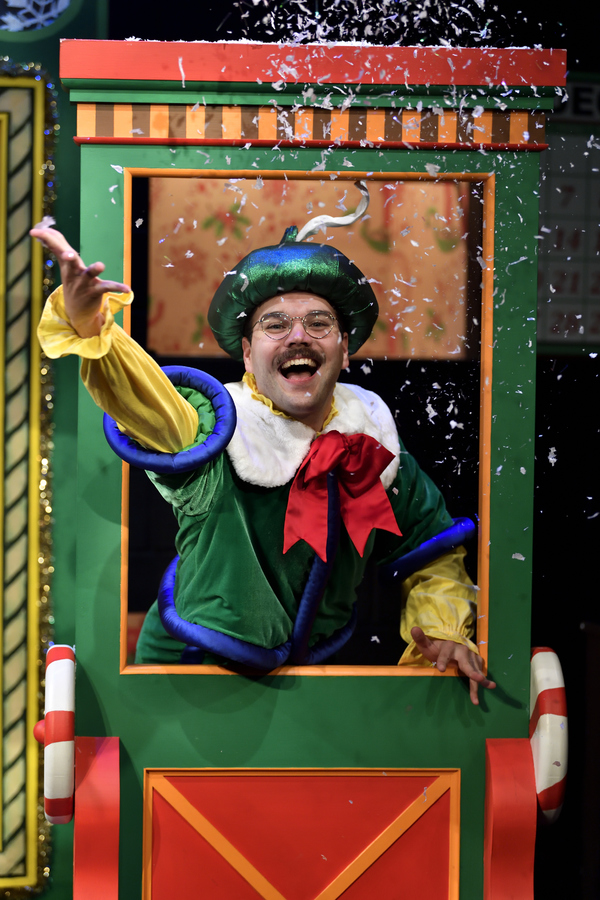 Photo Flash: THE SANTALAND DIARIES At Actors Theatre of Louisville