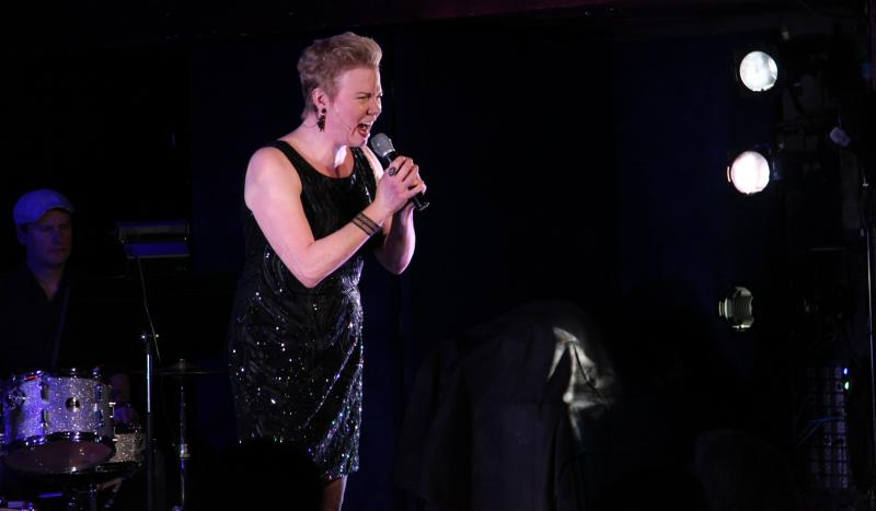 BWW Review: Jennifer Barnhart Outdoes Herself with IT'S ABOUT TIME at The Laurie Beechman Theatre