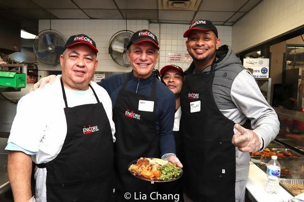 Photo Flash: Tony Danza Spends Thanksgiving Day With Encore Seniors AtSt. Malachy's
