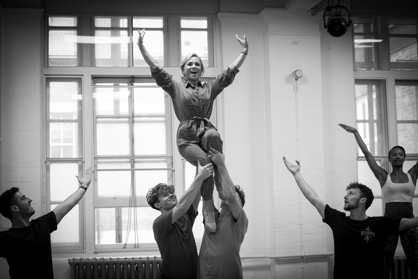 Photos: Inside Rehearsal For GOLDILOCKS AND THE THREE BEARS at the London Palladium